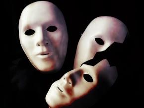 maschere-uomo-manipolatore